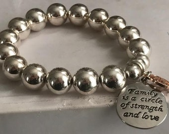 FAMILY is a Circle Of Love -  Silver Beaded Braclet