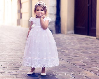 lace flower girl dress
