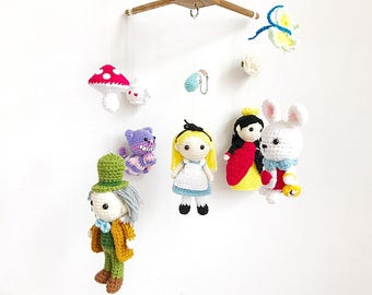 Baby mobile - Alice in wonderland crochet, Crib mobile, Nursery decor, Baby gift, Handmade baby mobile, Baby crib mobile Amigurumi