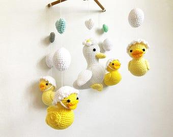 Baby mobile - Ducky Duckling Amigurumi Baby Crib mobile, Duck baby mobile, Nursery decor,Duck crochet baby mobile, Baby shower, Baby gift