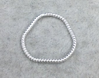 22mm x 23mm Silver Finish Open Twisted Wire Abstract Trefoil Shaped Plated Copper Components - Sold in Packs of 10- (471-SV)