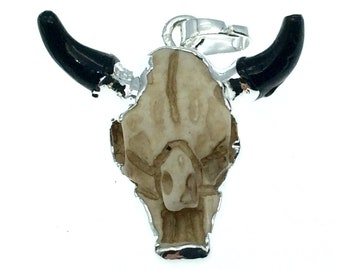 """1"""" Silver Electroplated Open Face Steer Skull With Gunmetal Horn Shaped Resin Pendant with Attached Bail - ~25mm x 22mm. - Sold Individually"""