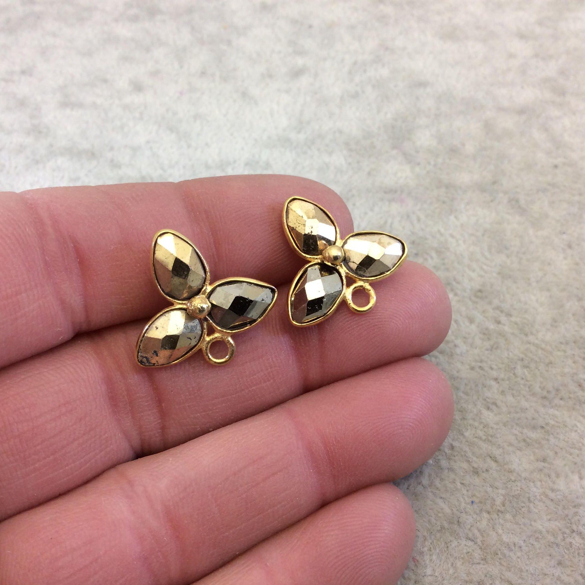 Une paire de dos nu / or plaqué naturel Trillium / nu trois forme Pyrite Stud boucles d'oreilles feuille W attaché anneaux - mesure 16 mm x 20 mm 81d0c9