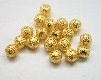 Round beads 8 mm gold