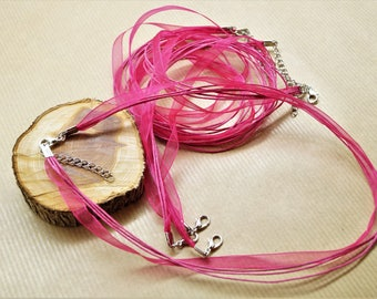 Set of 5 necklaces with clasp and chain, organza ribbon and 3 waxed cotton cords
