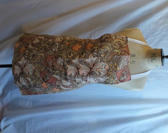 William Morris Apron, REF 883