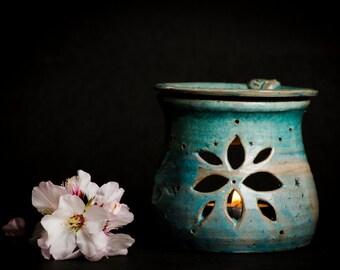 Turquoise oil diffuser, ceramic essential oil burner, ceramic room fragrance diffuser, essential oil diffuser, aromatherapy diffuser