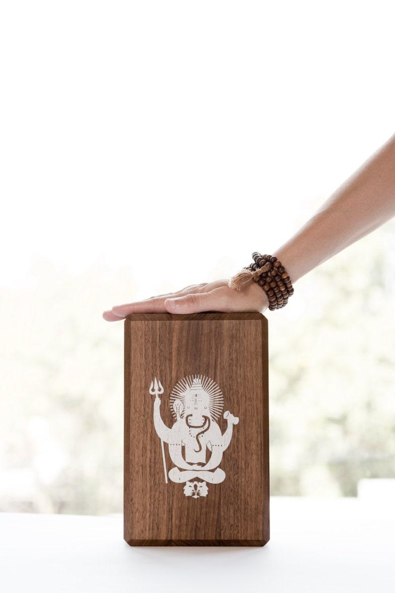 Bloc De Yoga En Noyer Shiva Brique De Yoga Banc De Etsy