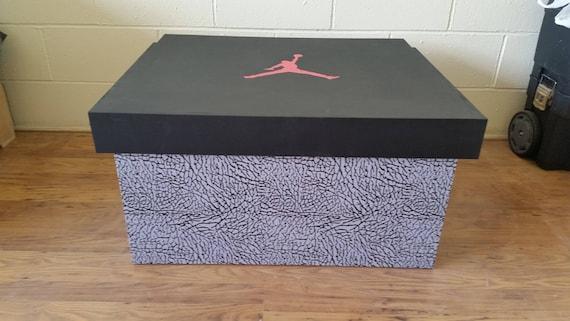 XL TRAINER boîte de rangement pour chaussures SNEAKER Nike Air Jordan (détient 12no paires), cadeau pour lui, cadeau d'anniversaire, cadeau,