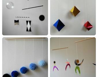 Kit de 4 Montessori mobiles / 4 Montessori visual series mobiles