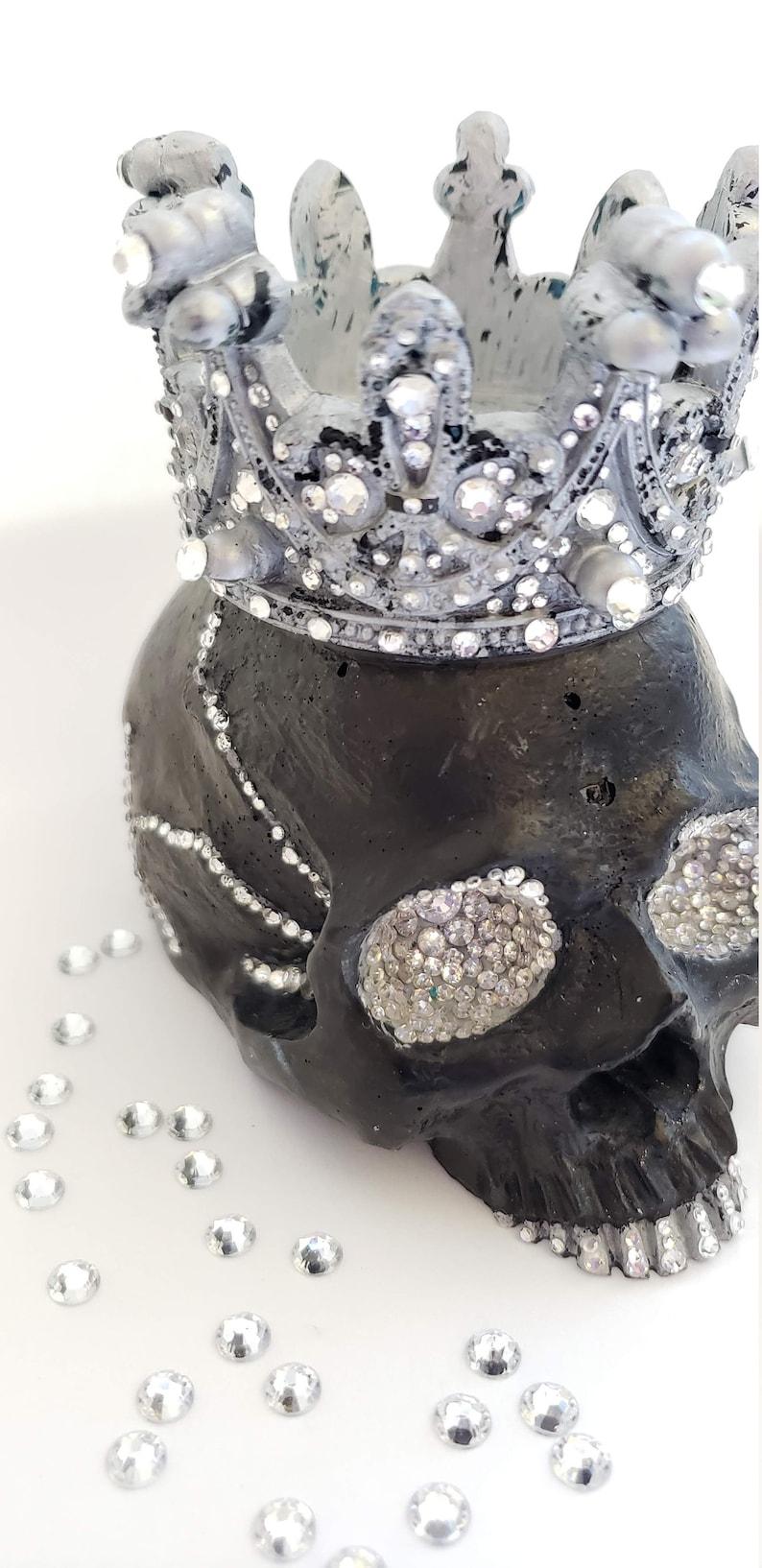 3D jewelled skull