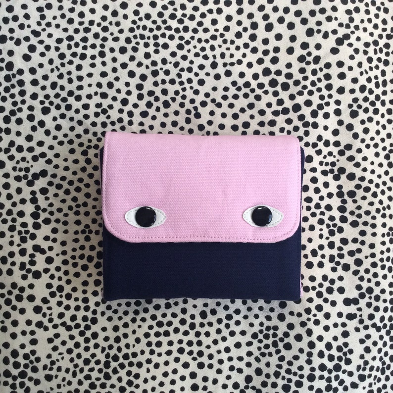 Eyebag Accordion Wallet Small Clutch Wallet Necessary image 0