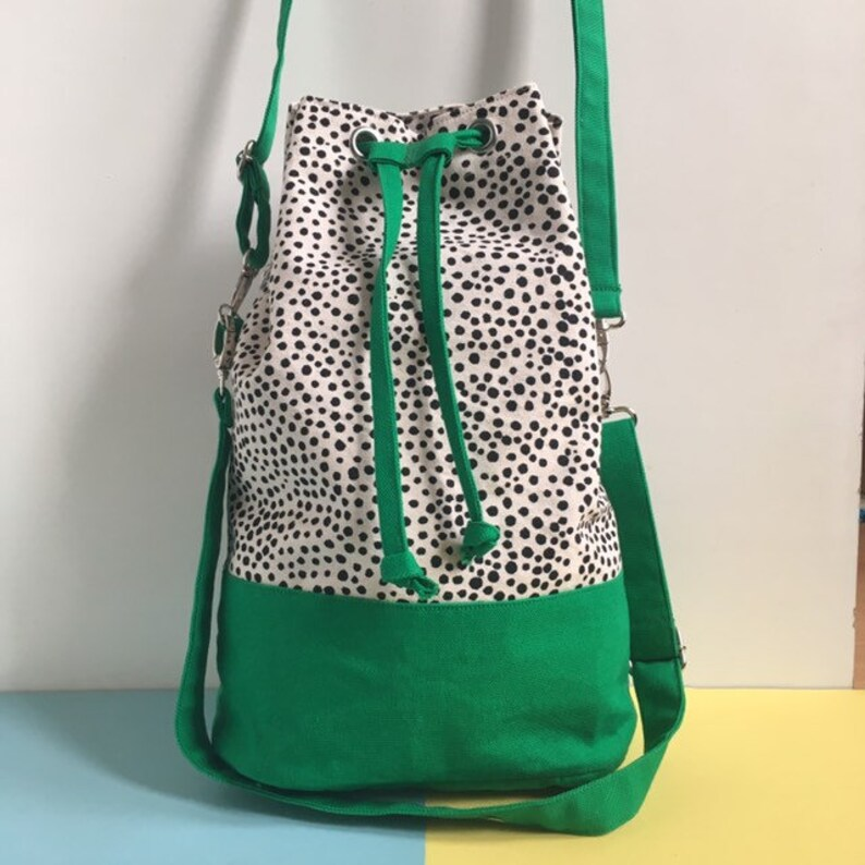 Screenprint Canvas Bucket Bag Colour Block Green Shoulder image 0
