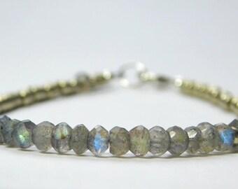 Labradorite and Japanese Seed Bead Bracelet, Tiny Gemstone Bracelet, Blue Flash Bracelet, Layering Bracelet, Sparkly Bracelet, Grey Gemstone
