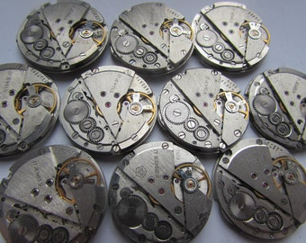 10 pcs Mechanisms  Poljot 17 jewels Vintage Soviet Watch Parts Slava 26 mm round MOVEMENT STEAMPUNK Arts  Parts