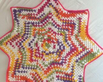 Crochet baby girl blanket, 8 point round ripple baby blanket