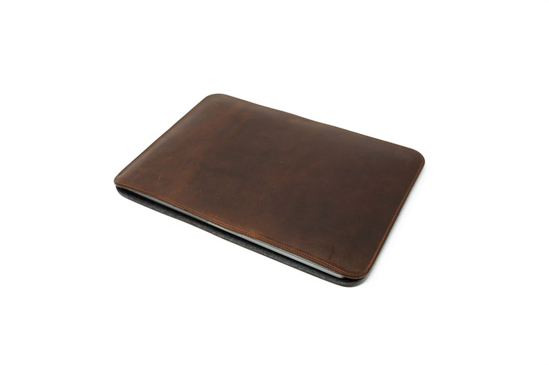 Leather Case for Macbook Pro 16 inches  Milwaukee Leather Laptop Sleeve  Macbook Case with Wool Lining for Air 13   Protective Case