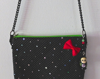 Shoulder bag with chain strap
