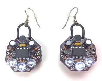 Bliplace sound reactive jewelry - Earrings