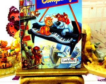 Oliver and Company Vintage Walt Disney Ladybird Book Series D207 Book of the Film 1990s