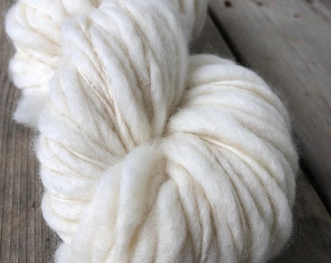 Fleece Artist Slubby Mix yarn (natural undyed)
