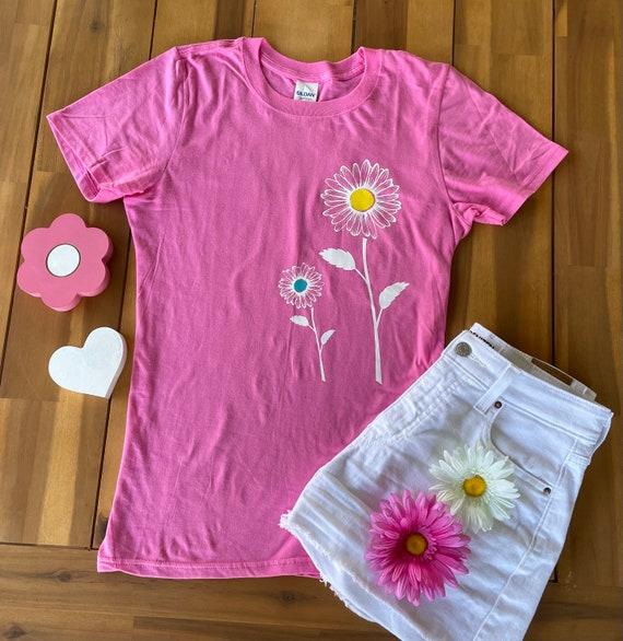 SUNFLOWER /Daisy yellow Tee - Floral Daisy FLOWER Fun  T-shirt