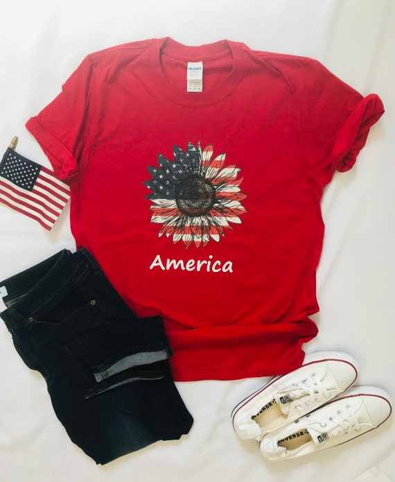 USA T, Patriotic Daisy, Red AMERICA White Blue, Independence Day, Stars and Stripes T-shirt