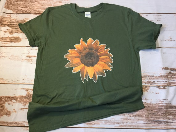 Flower T -shirts!  Large colored flower or Sunflower designs, Pretty fun t-shirt
