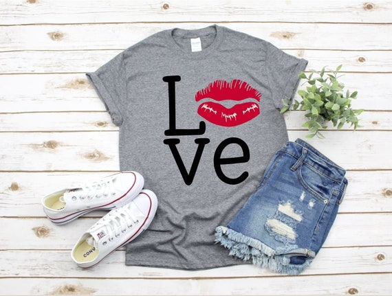 LOVE LIPS, white or black heart t-shirt - Ladies T, Boho, Gifts for her