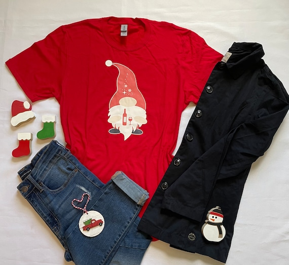 Christmas GNOME WINE Bottle and Wine Glass T-shirt