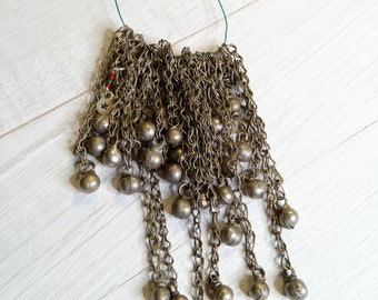 30x Round Baubles Vintage Bell-Like Dangles on Chain (#7206)