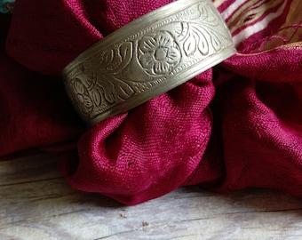"""Vintage Tribal Bracelet Slightly Refurbished Size 7.25"""" Adjusts (#6221)"""