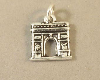 ARC DE TRIOMPHE .925 Sterling Silver Small Charm Pendant Triumph France Europe Landmark Monument Champs-Elysess Travel Places New tr182