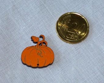 Orange pumpkin wood button