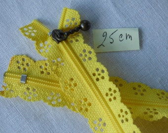 Zipper lace yellow 25 cm