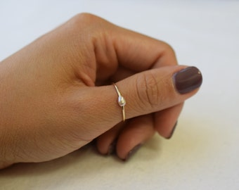 3x2.5mm Single Pink Freshwater Pearl Ring - Minimalist Ring, MIDI Ring, Fashion Ring, Dainty, Bridesmaids