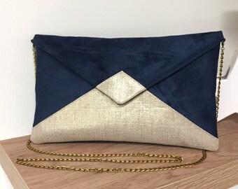 31f86f5281 Pochette mariage bleu marine et doré personnalisable AVEC ou SANS  bandoulière / Sac pochette soirée en suédine et lin / Pochette chainette
