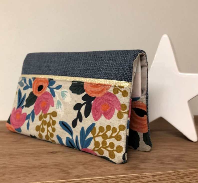 Blue linen chequebook holder floral fabric Rifle Paper Co / image 0