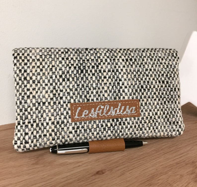 Fabric and leather checkbook holder with pen holder / Fawn image 0