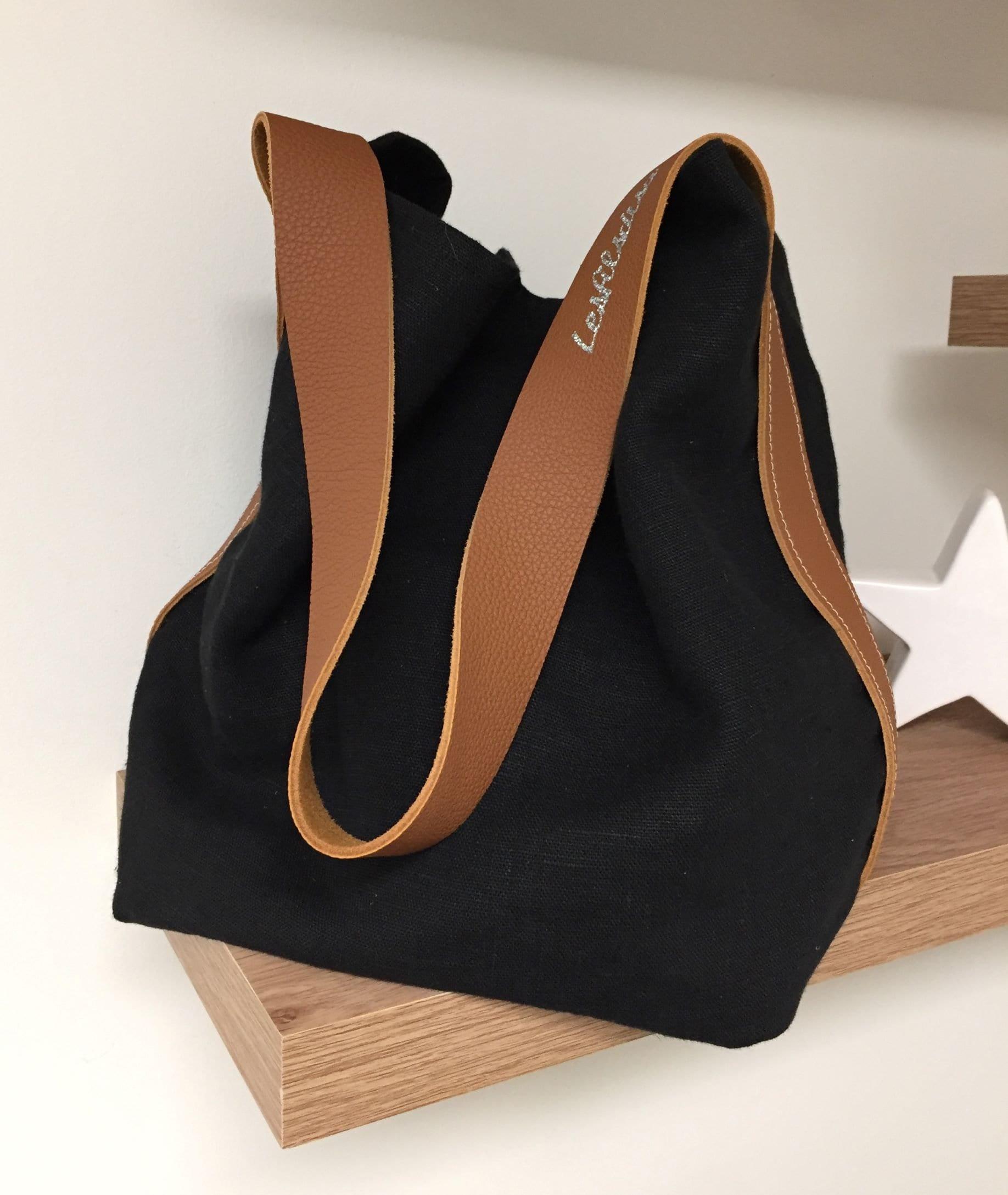daa08be012 Sac seau lin et cuir, anse unique / Cabas lin lavé noir, anse cuir fauve /  Sac style sportswear chic decontracté / Sac fourre tout pur lin