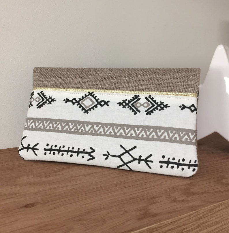 Linen checkbook holder ethnic motif gold border / Beige image 0