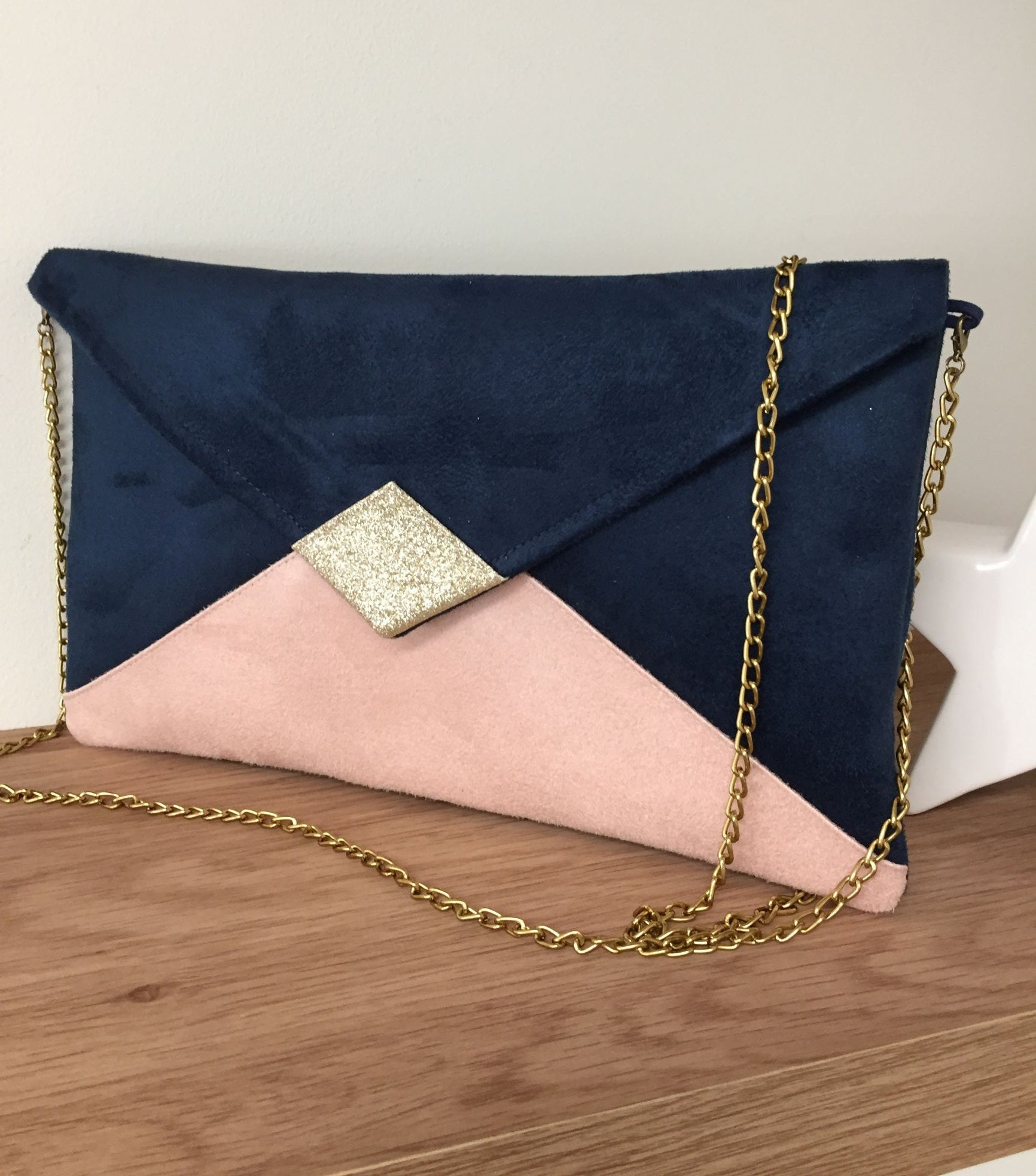 pochette de soir e mariage su dine bleu marine et rose. Black Bedroom Furniture Sets. Home Design Ideas