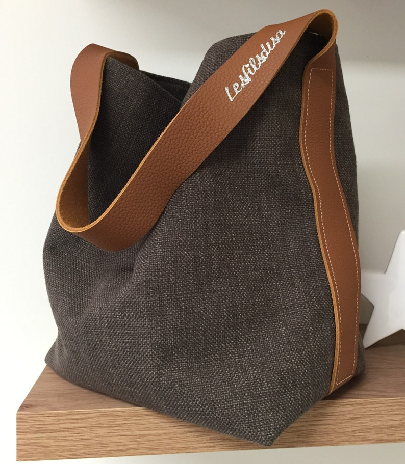 Bucket bag in pure hazelnut linen and fawn leather handle / image 0