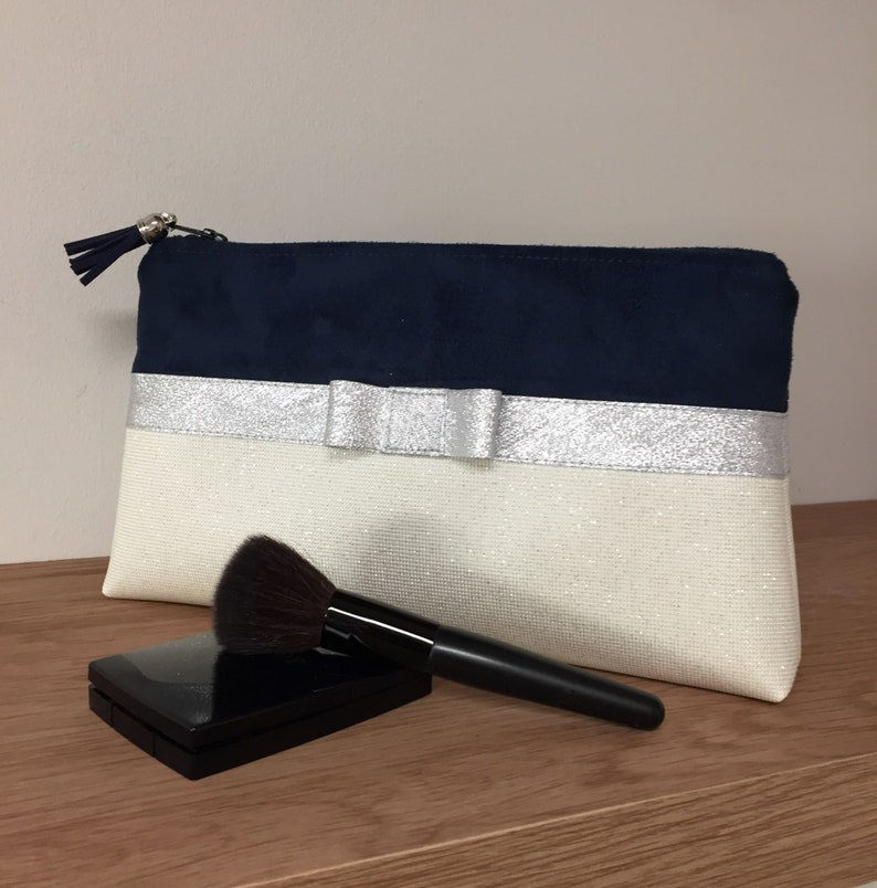 Navy blue and white make-up bag silver bow / Bag bag suede image 0