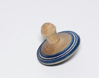 Handmade spin top