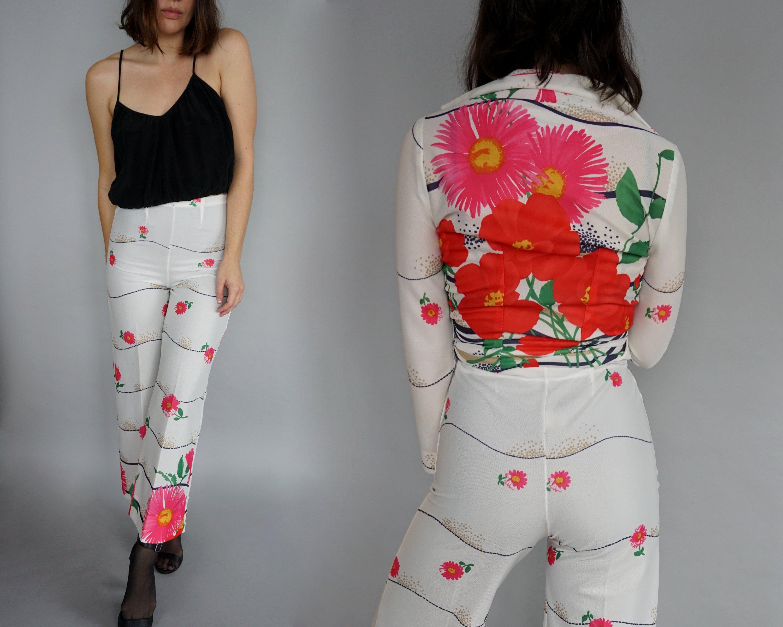 1882badd48d 1970s Floral 3-Piece Pant Suit Bell Bottoms 70s White Pants