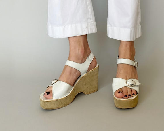 1970s White Leather Platforms - Made in Italy | si