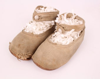 e433082997c2bf Antique Baby Shoes with Pearl Buttons Leather Bottoms