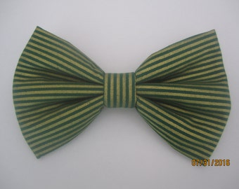 Green gold bow tie, gold green stripe bow tie, Boy green gold bow tie, green gold theme bow tie, green gold striped bow tie
