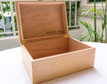 Large Wooden Box with Hinged Lid - Wood Storage Box with Lid - White Oak Stash Box with Cedar wood Inlay - Blonde Catchall Box